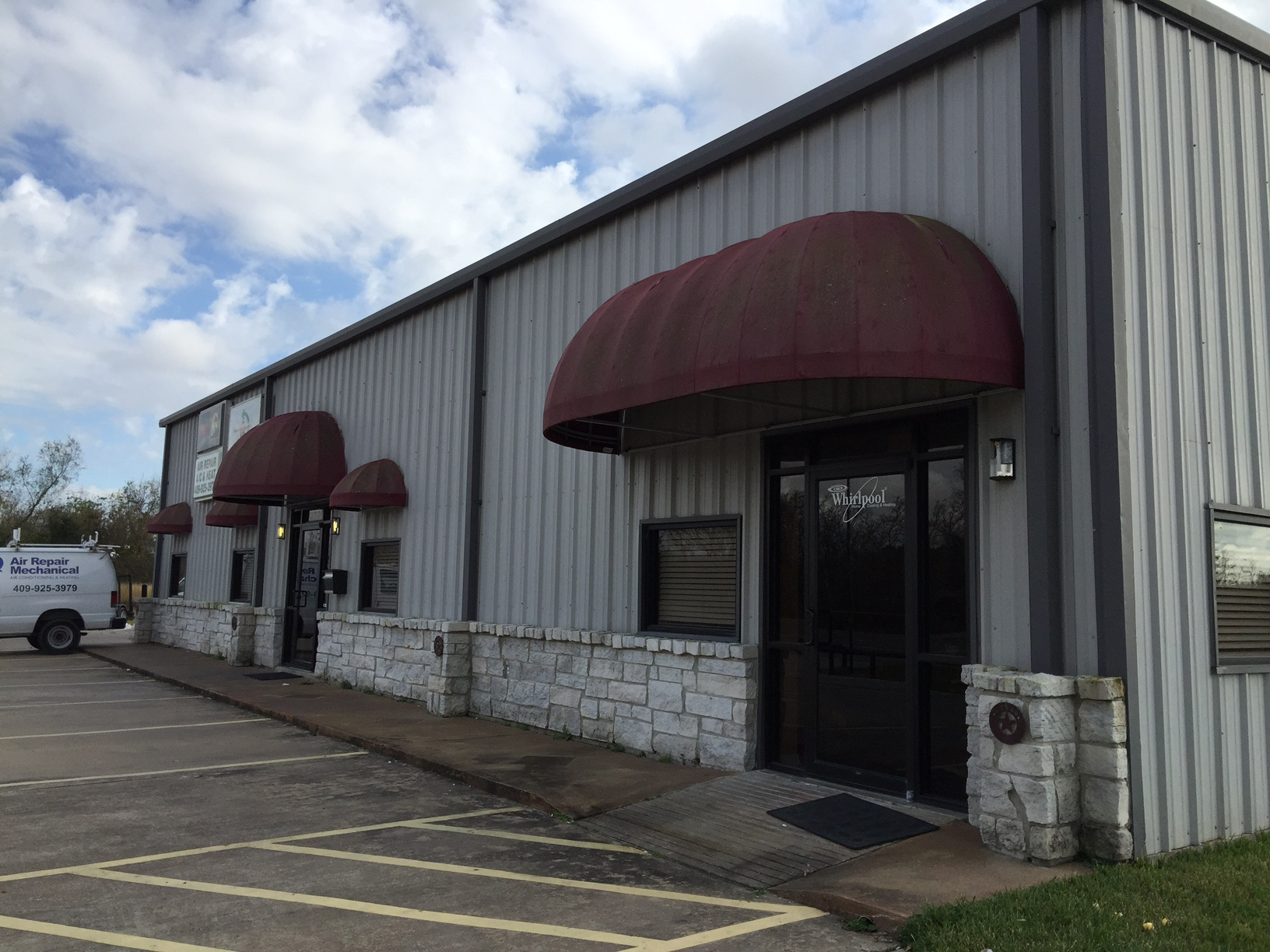 SOLD! 3,750 Square Foot Warehouse - 11035 Highway 6 - Hitchcock, TX